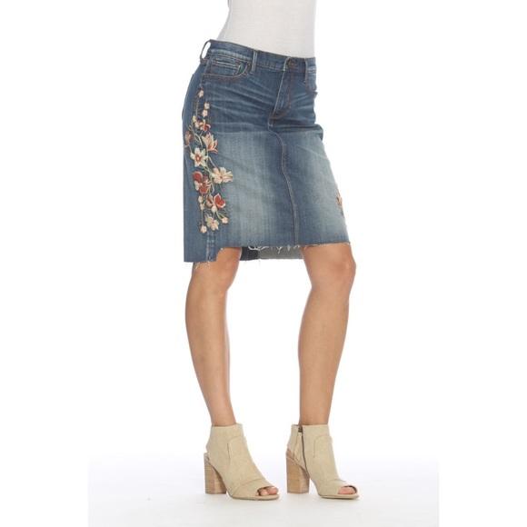 Driftwood Sundance Skylar Embroidered Skirt